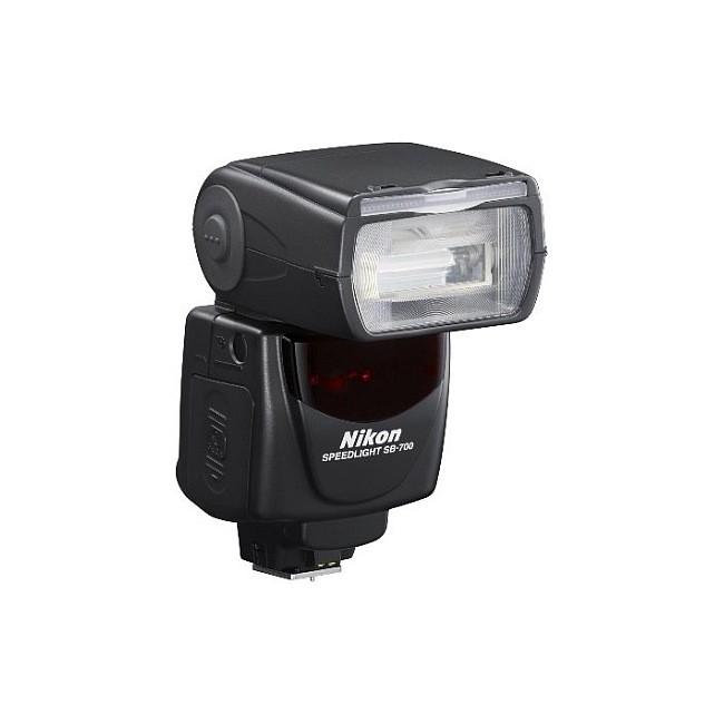 Nikon SB-700 - zdjęcie główne