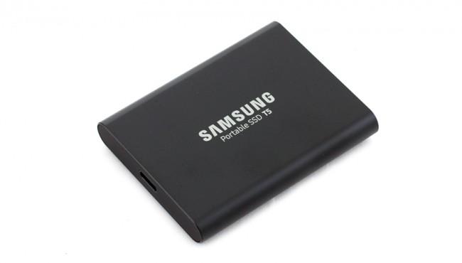 Samsung Portable SSD 2TB T5 - zdjęcie główne