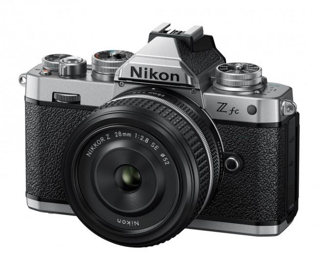 Nikon Z fc + NIKKOR Z 28mm f/2.8 SE - zdjęcie główne